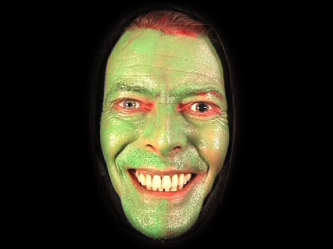 Tony Oursler, Empty, 2000
