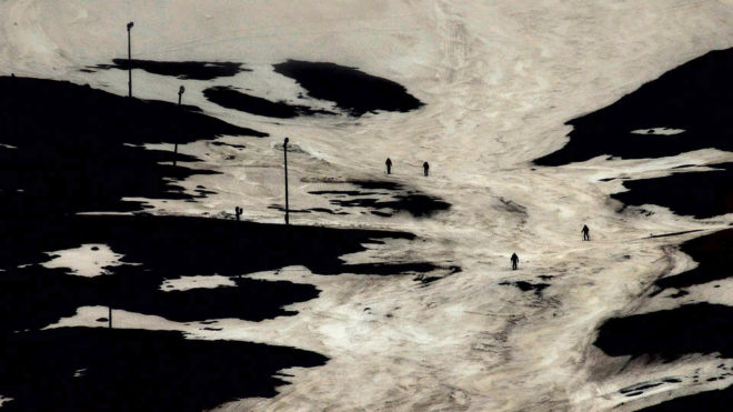 Lois Patiño, Mountain in Shadow (still), 2012