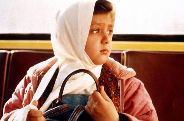 Jafar Panahi, The Mirror (still), Iran, 1997, 95 minutes, Farsi w/ English subtitles